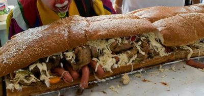 World's longest sandwich photo, World's longest sandwich picture, longest sandwich Guinness World Record 2011, UAE Red Crescent and Kraft Food longest sandwich, world's biggest sandwich, world's largest sandwich video, Dubai longest sandwich, 2.5km long sandwich photo, Dubai 2.5km long sandwich Guinness Record 2010, 2010 Longest sandwich in the world, 2011 Longest sandwich in the world